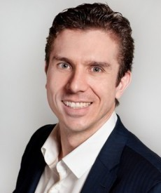 Dirk Laubscher is a well respected Musculoskeletal Specialist Physiotherapist specialised in the treatment of backs, necks and sports injuries.